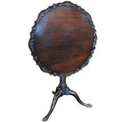 Chippendale Style Mahogany Tilt-Top Pie Crust Table