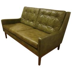 Rare 1950s American Mid-Century Modern Leather Loveseat by Gunlocke