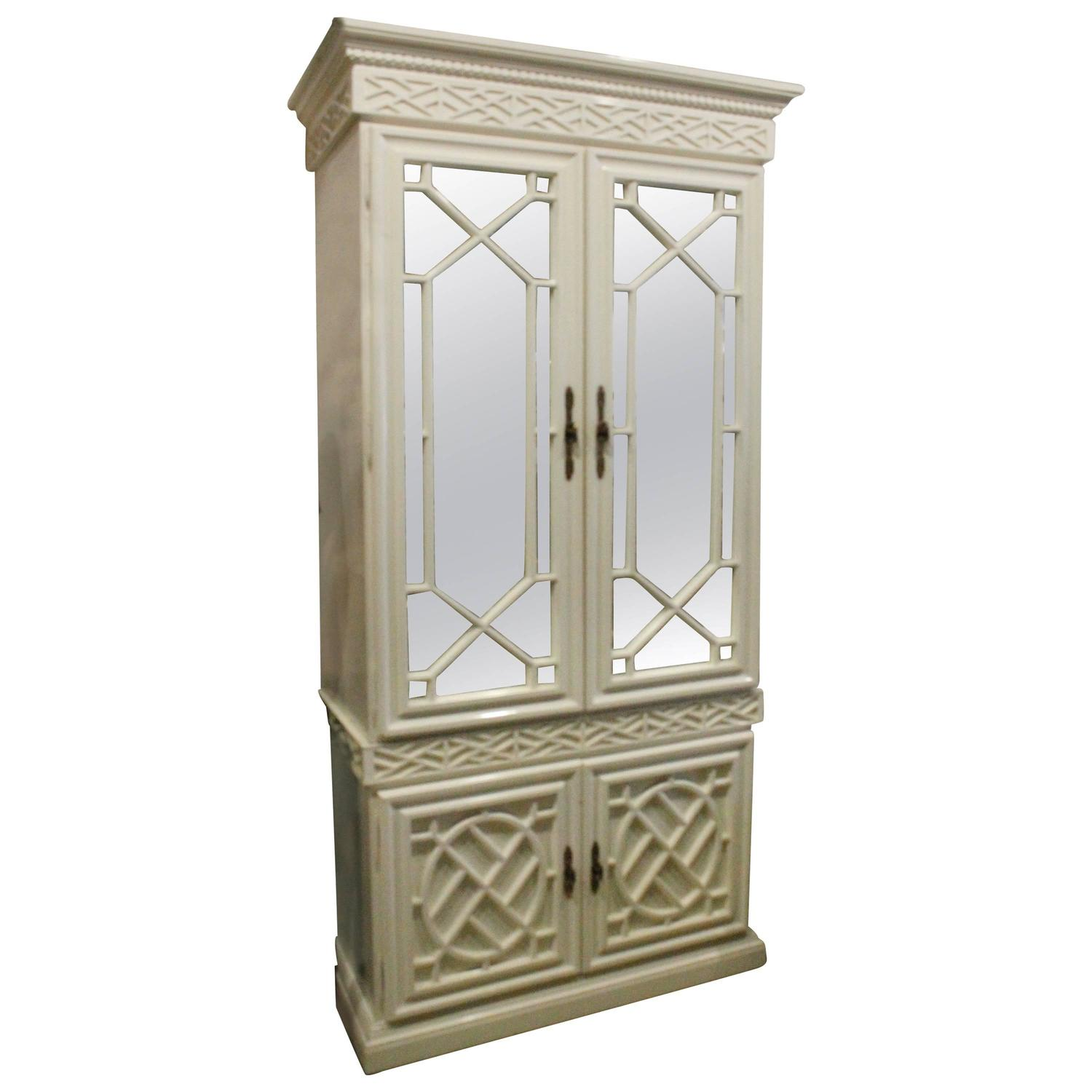 Charmant Vintage Fretwork Chinese Chippendale Cabinet Mirror Chinoiserie Bar China  At 1stdibs