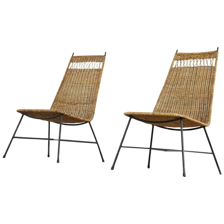 Nice Pair Of Mid Century Modern Wicker Basket Lounge Chairs From France At 1s