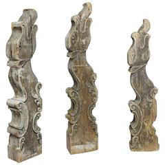 Set of Three Historical Dragon Head Wood Beams from a Bavarian Barn