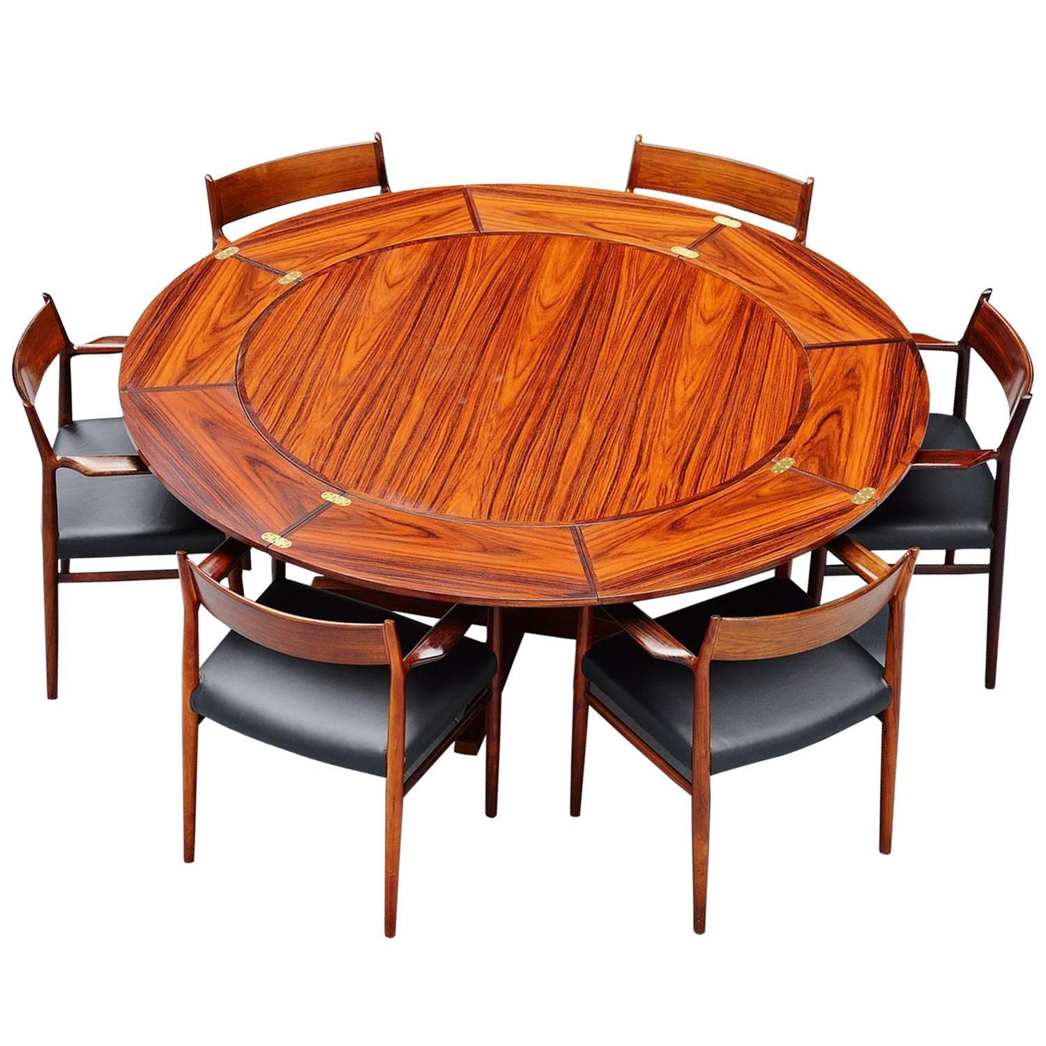 Dyrlund Extendable Rosewood Dining Table, Denmark, 1962 At