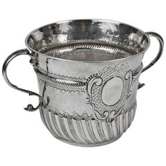 Antique Queen Anne Britannia Silver Porringer Cup England, circa 1703