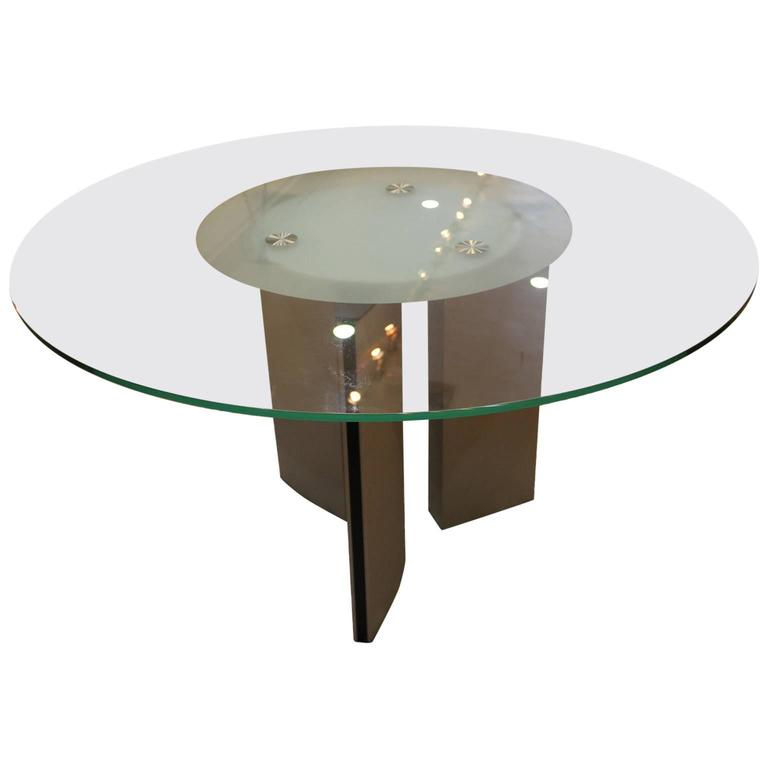 Round modern dining table at 1stdibs for Modern round dining table for 6