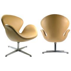 Fritz Hansen Production Swan Chair Tan 7957