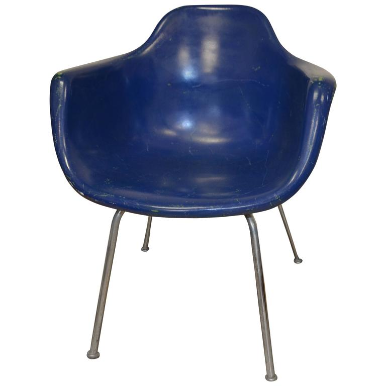 Superieur Midcentury Miller Eames Era Fiberglass Shell Chair By Krueger, Eight  Available For Sale