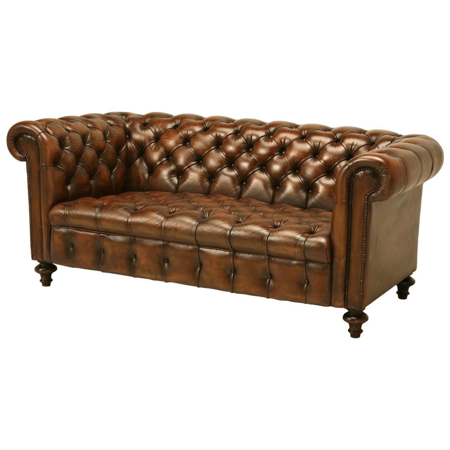 English leather chesterfield sofa at 1stdibs Leather chesterfield loveseat