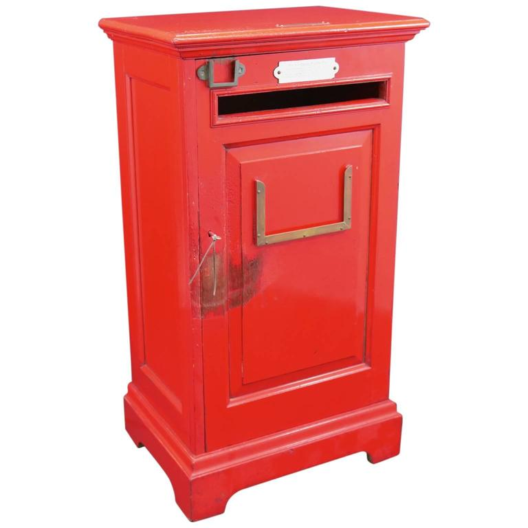 English 'Country House' Private Post Box c1925