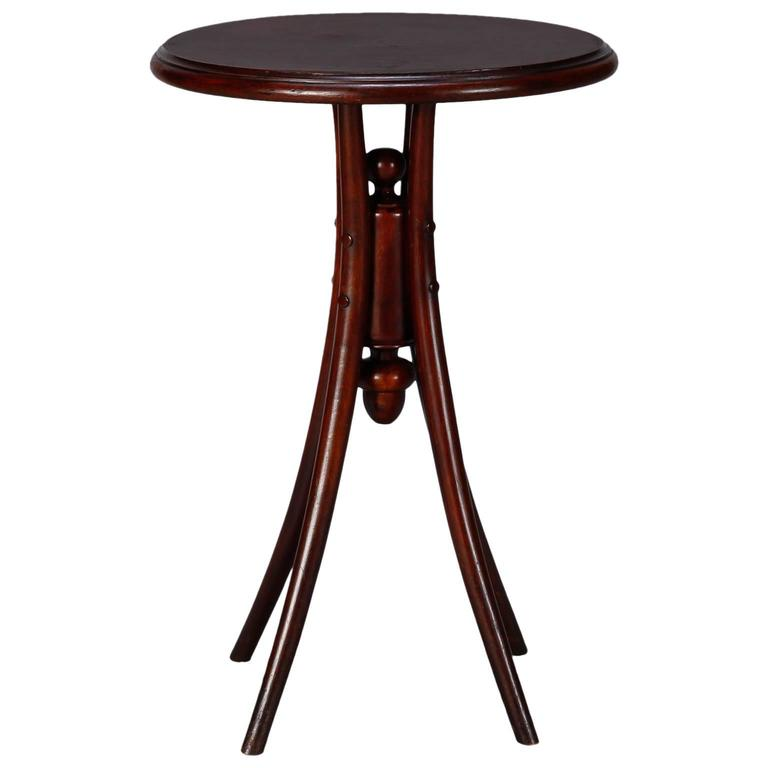 Early 20th century thonet round side table at 1stdibs for Table th visible