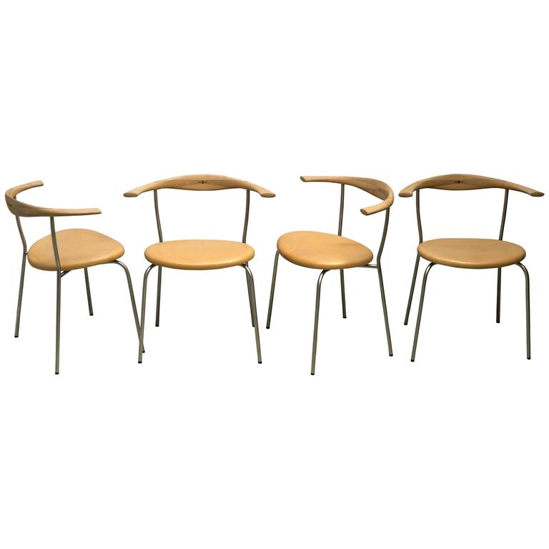Set of Four Stackable Bull Horn Chairs, Model PP701 by Hans Wegner For Sale