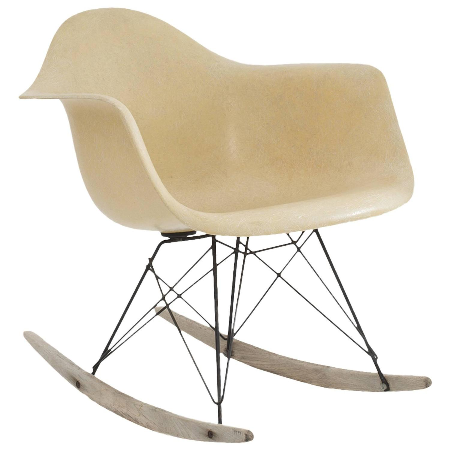 Early Production Eames Herman Miller RAR Rocking Chair at 1stdibs