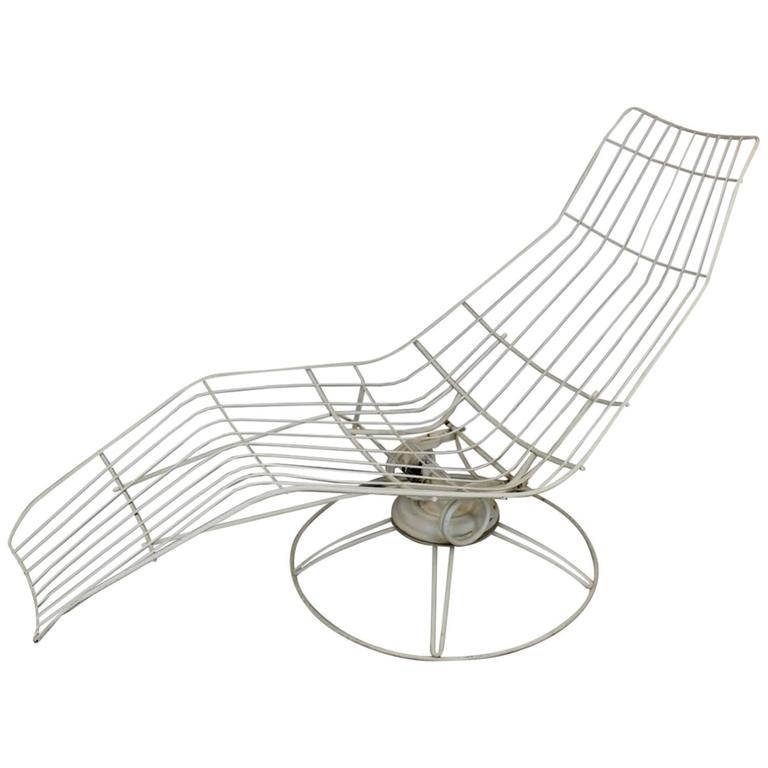 Homecrest Metal Wire Banana Lounge Chair 1