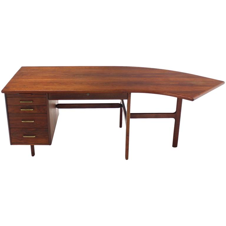 Danish Mid Century Modern Boomerang Shape Desk For Sale