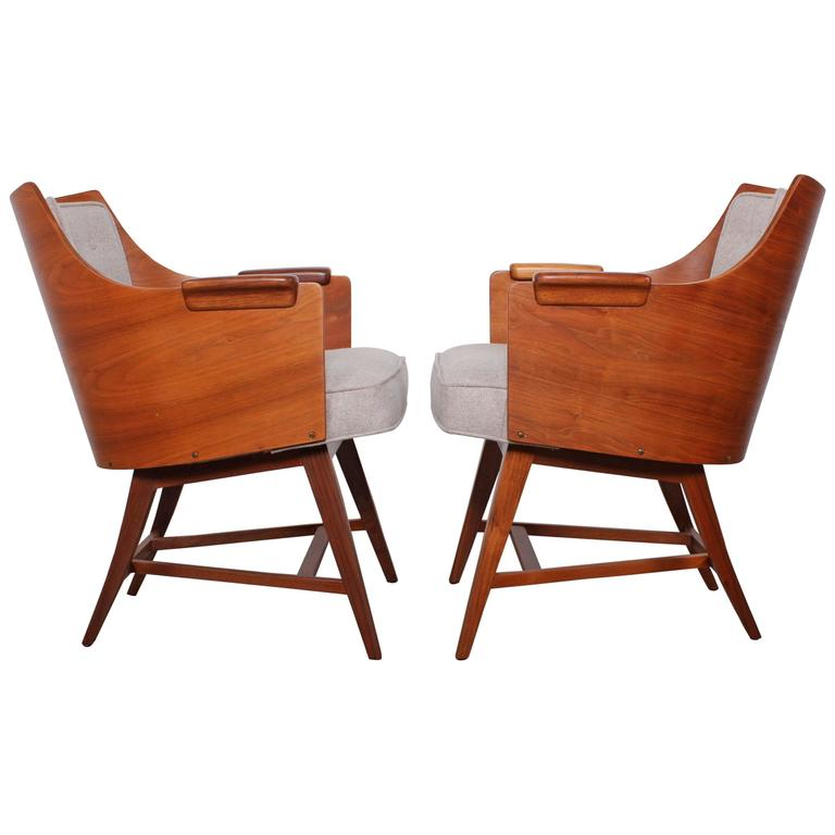 Rare Pair of Lounge Chairs by Edward Wormley for Dunbar For Sale