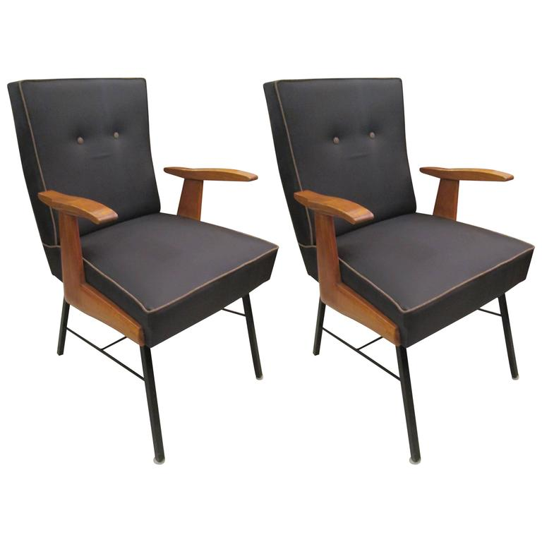 Pair of Mid-Century Italian Armchairs For Sale