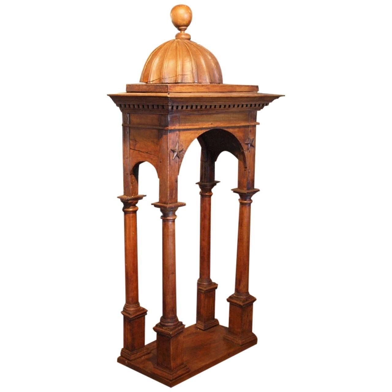 18th Century French Niche - Tabernacle in Walnut