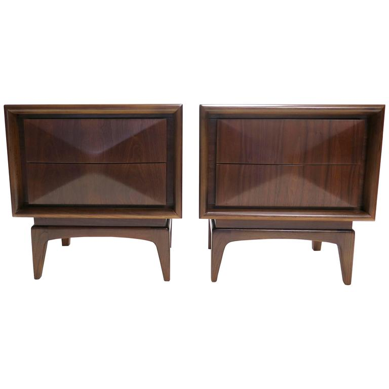1950s Pair Of Diamond Front Nightstands At 1stdibs