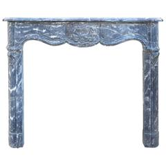 Antique 18th Century Black Marble Mantel from Saint-Marcellin