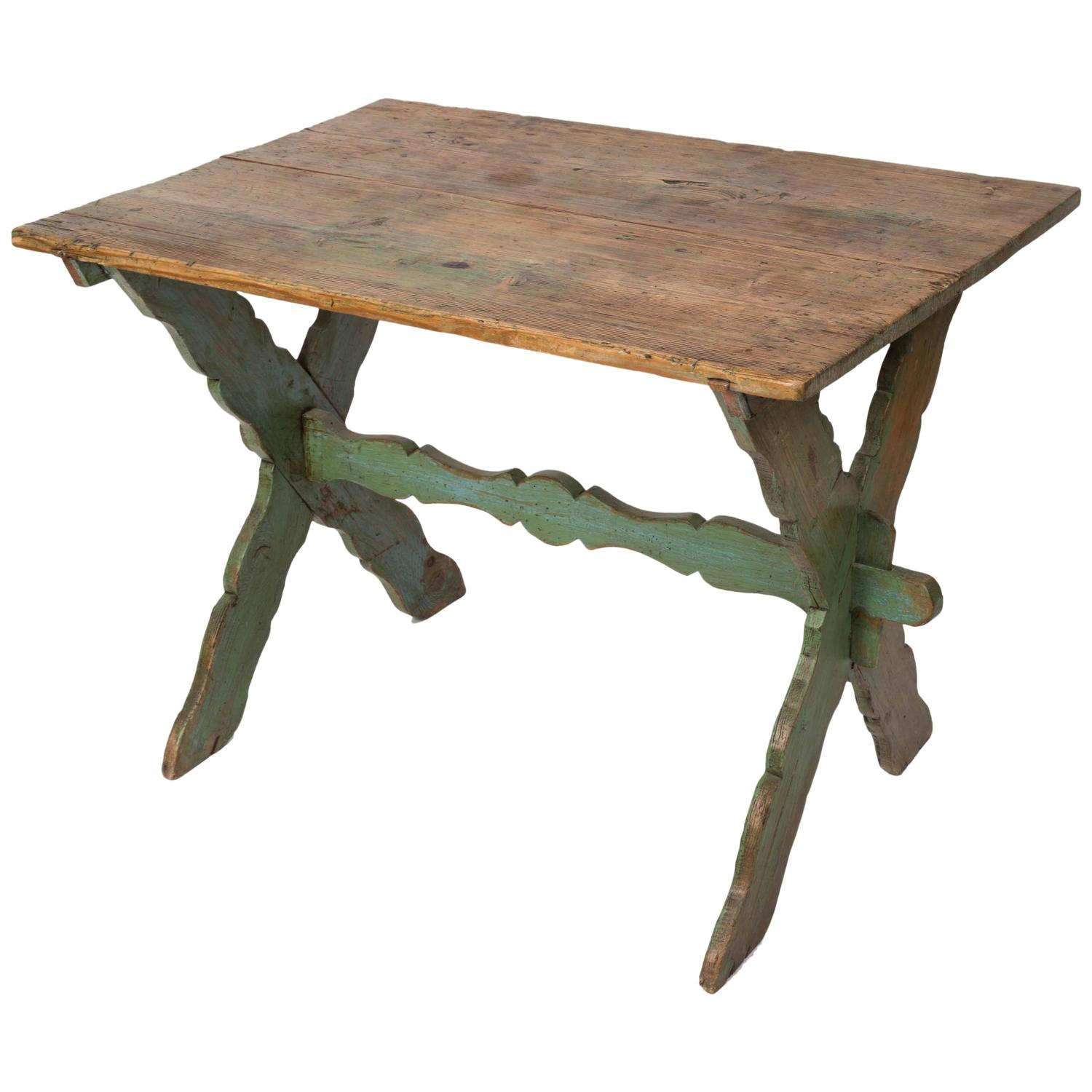 Rustic Farm Table With Painted Wood Base At 1stdibs. Full resolution  file, nominally Width 1500 Height 1500 pixels, file with #926639.