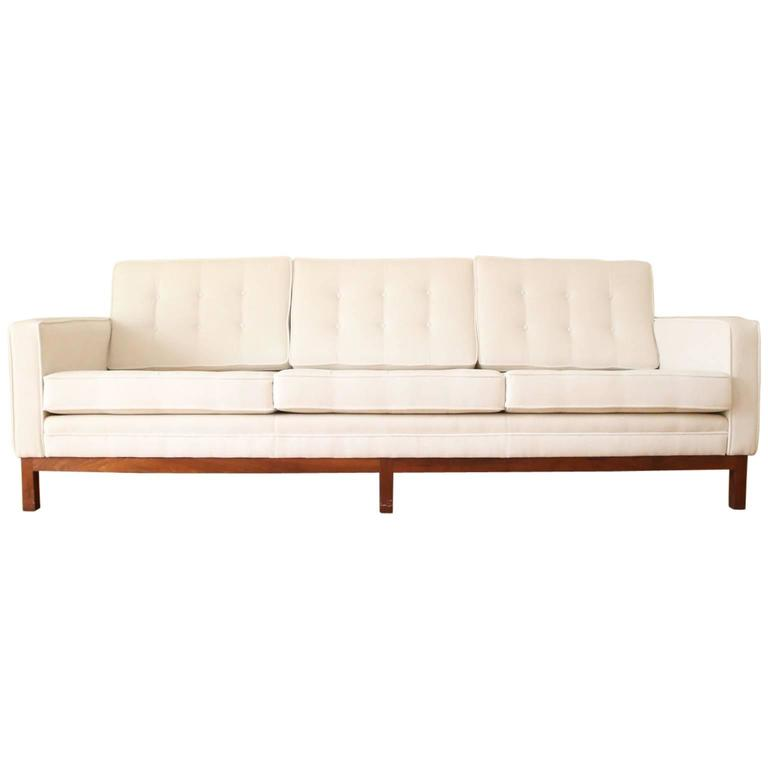 mid century florence knoll for knoll sofa at 1stdibs. Black Bedroom Furniture Sets. Home Design Ideas