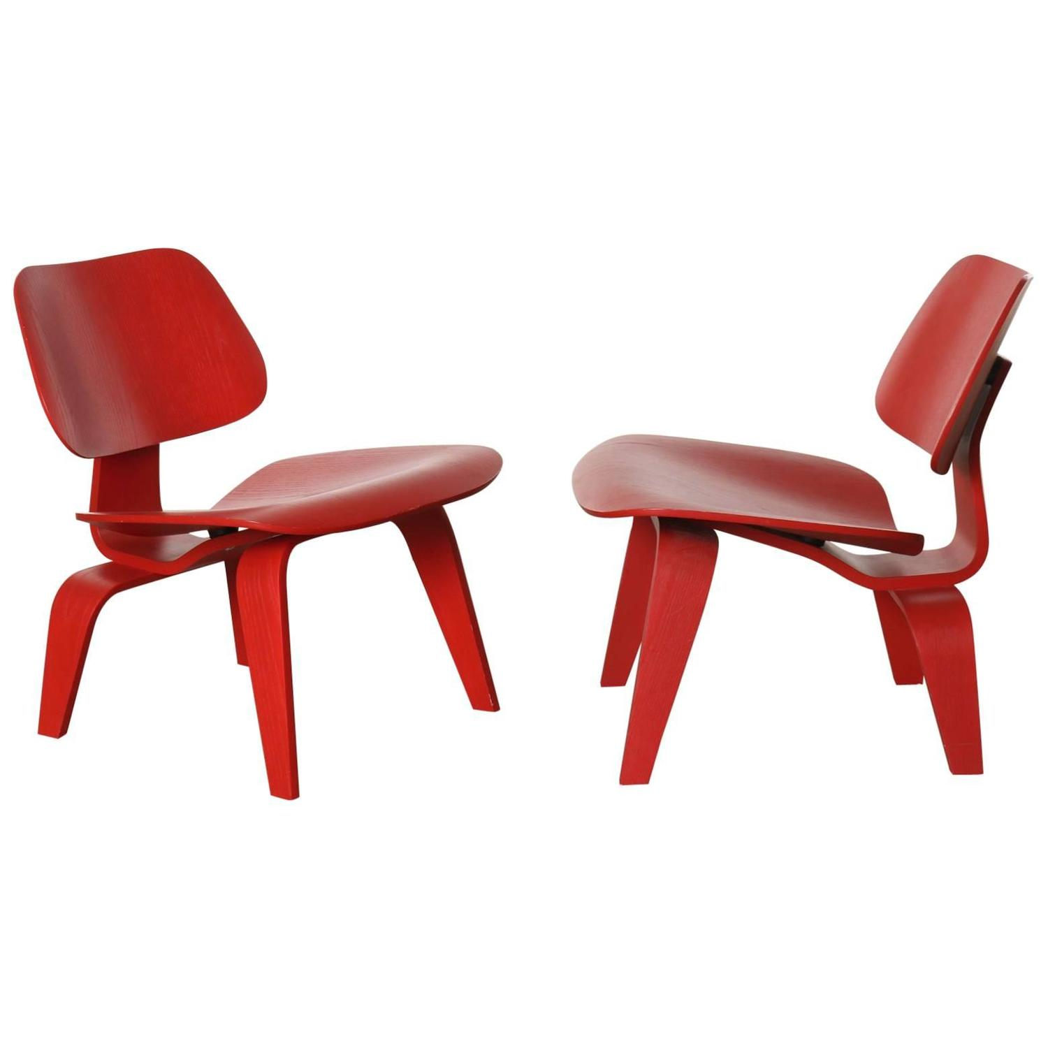 - Pair Of Red Eames Molded Plywood Lounge Chair, LCW At 1stdibs