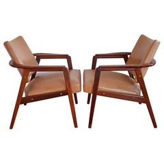 Pair of Mid-Century Lounge Chairs in the Manner of Sigvard Bernadotte