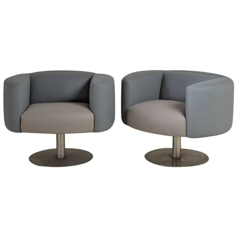 Merveilleux Pair Of Wool Upholstered Pedestal Based Swivel Chairs