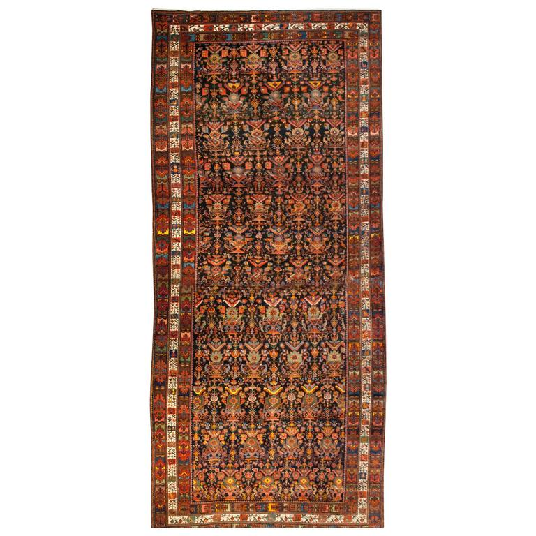 Early 20th Century Bakhtiari Rug
