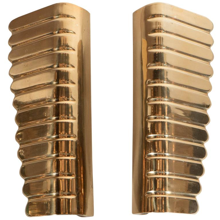 Stunning Pair of Polished Brass Door Handles in the Manner of Gio