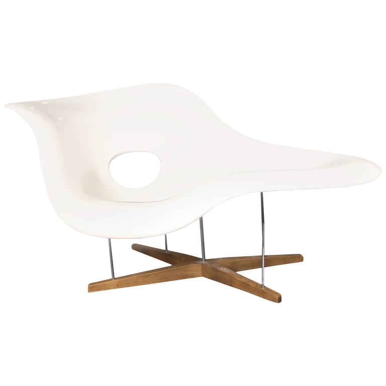 Vitra edition la chaise by charles and ray eames at 1stdibs - Charles eames chaise ...