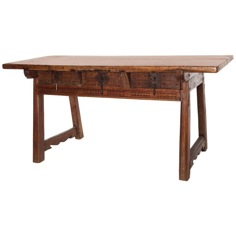 18th Century Rustic Italian Table For Sale