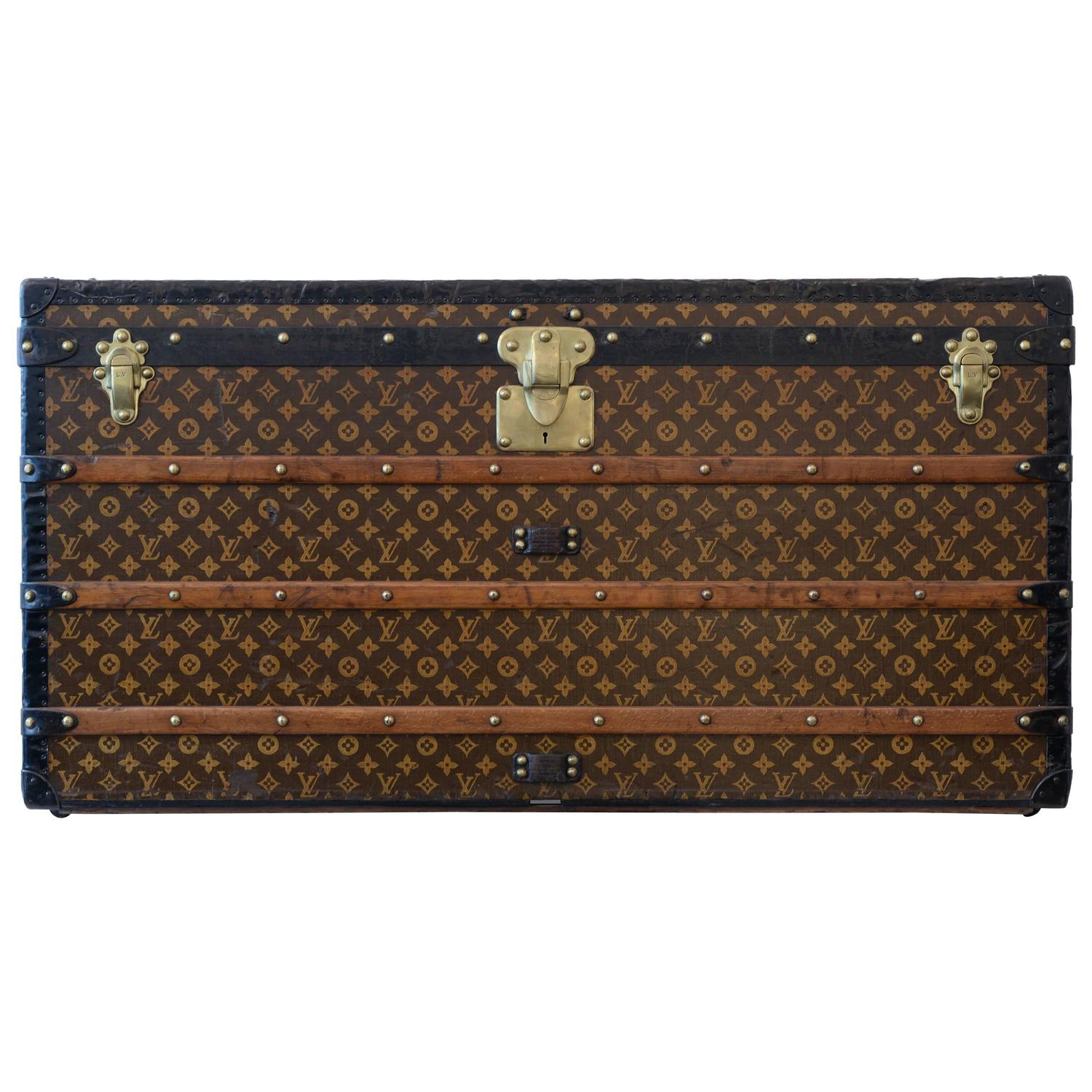 Louis Vuitton Malle Courrier At 1stdibs