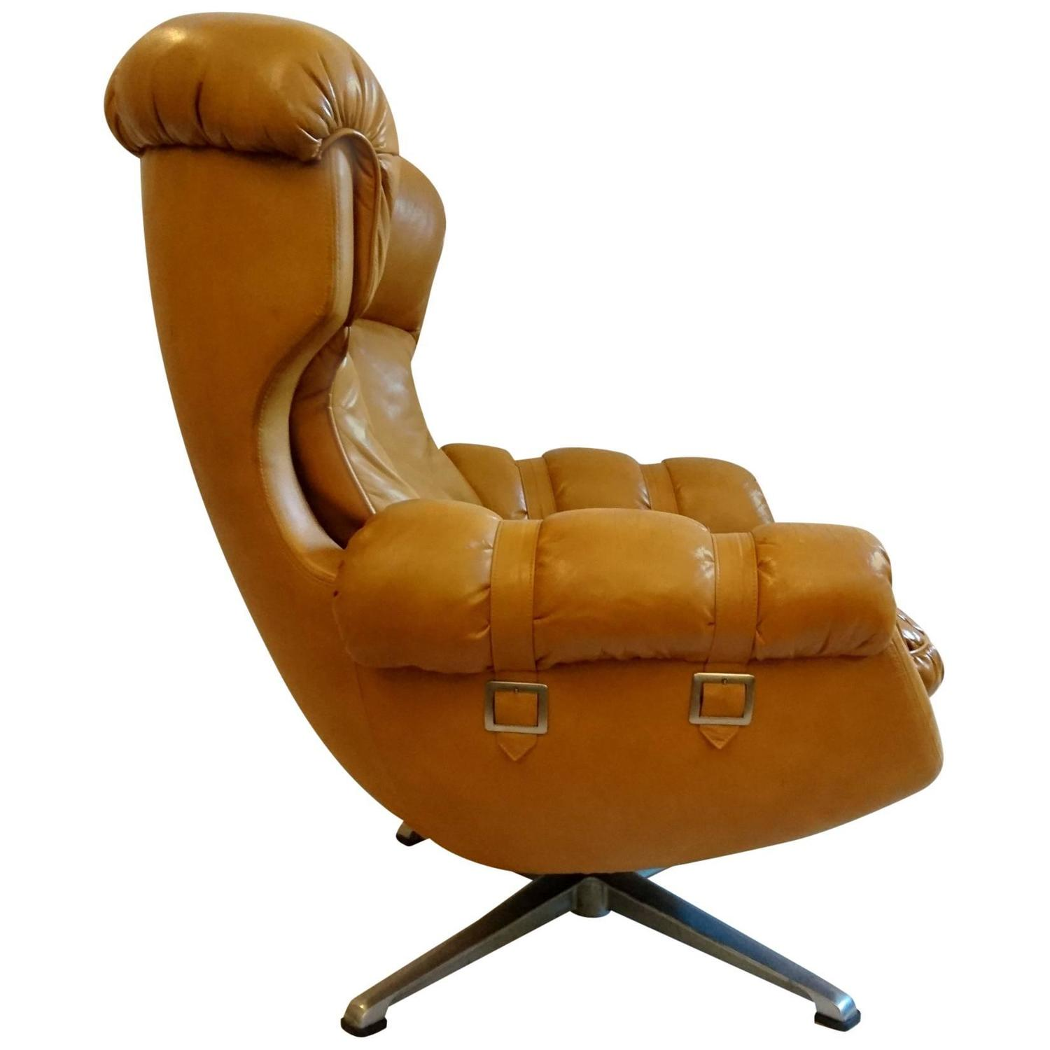 Egg Shaped Swivel Armchair 1970 At 1stdibs