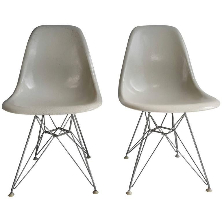 eames shell chairs on original eiffel bases 1950s at 1stdibs. Black Bedroom Furniture Sets. Home Design Ideas