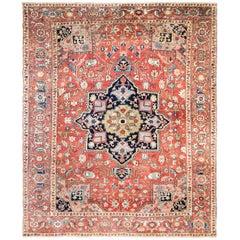 Antique Persian Serapi Carpet, Fine Quality