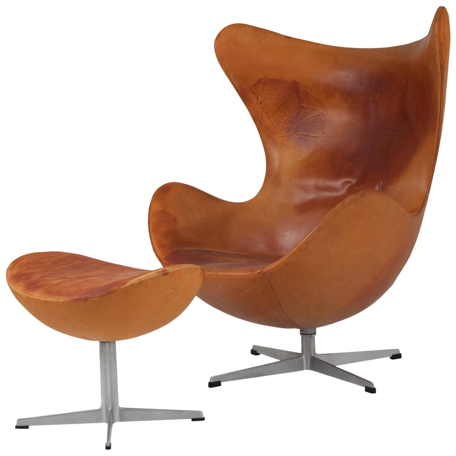 Early Genuine Tanned Leather Egg Chair Footstool By Arne Jacobsen Model 331