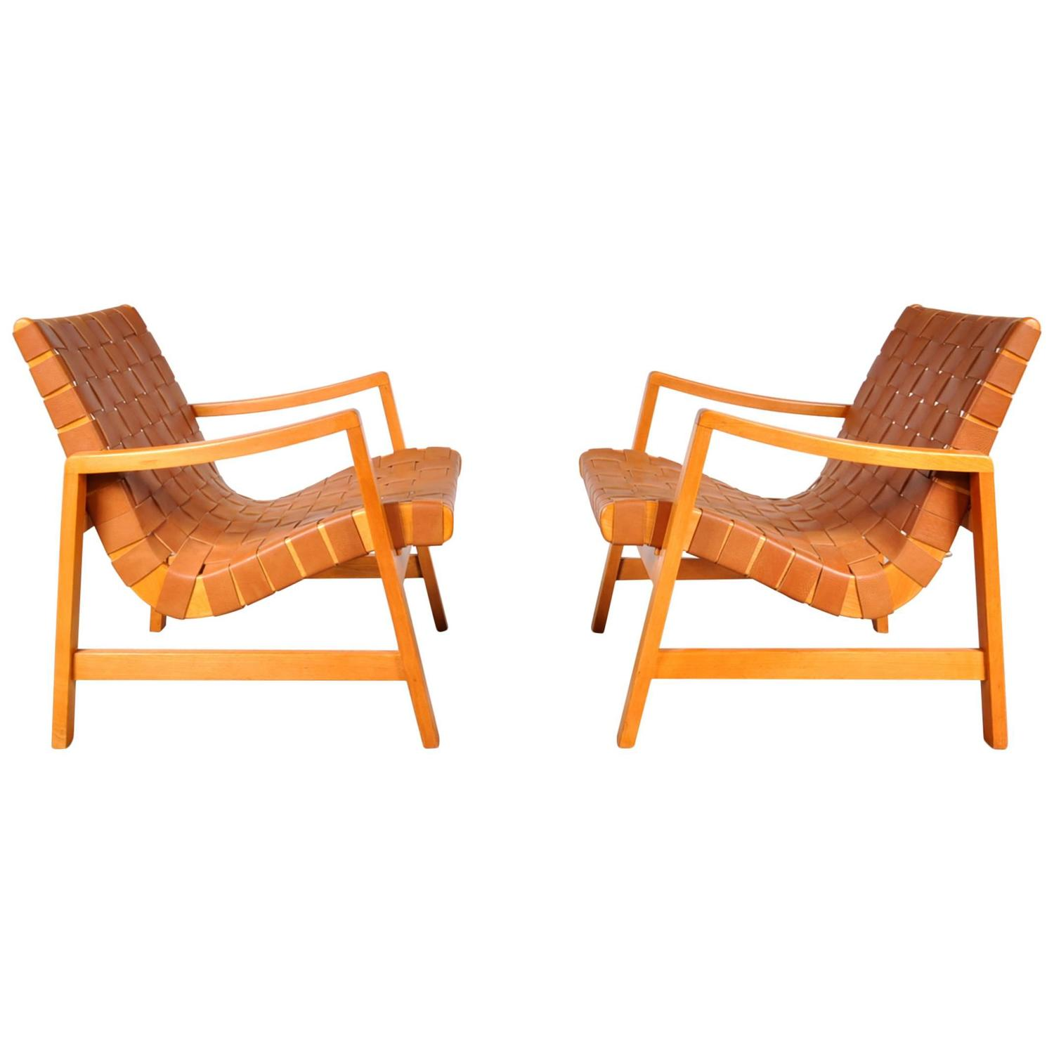 pair of two vostra easy chairs by jens risom for knoll usa in