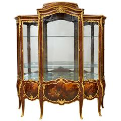 French Ormolu-Mounted Kingwood and Vernis Martin Vitrine by François Linke