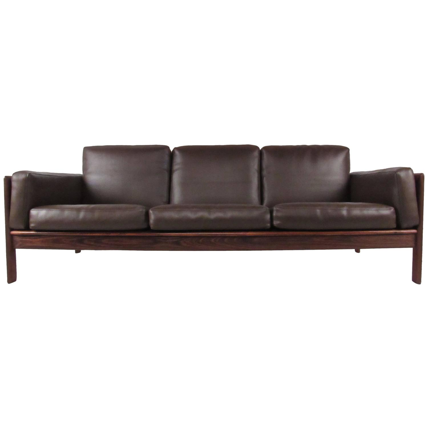 Stylish Mid Century Rosewood Sofa By Komfort