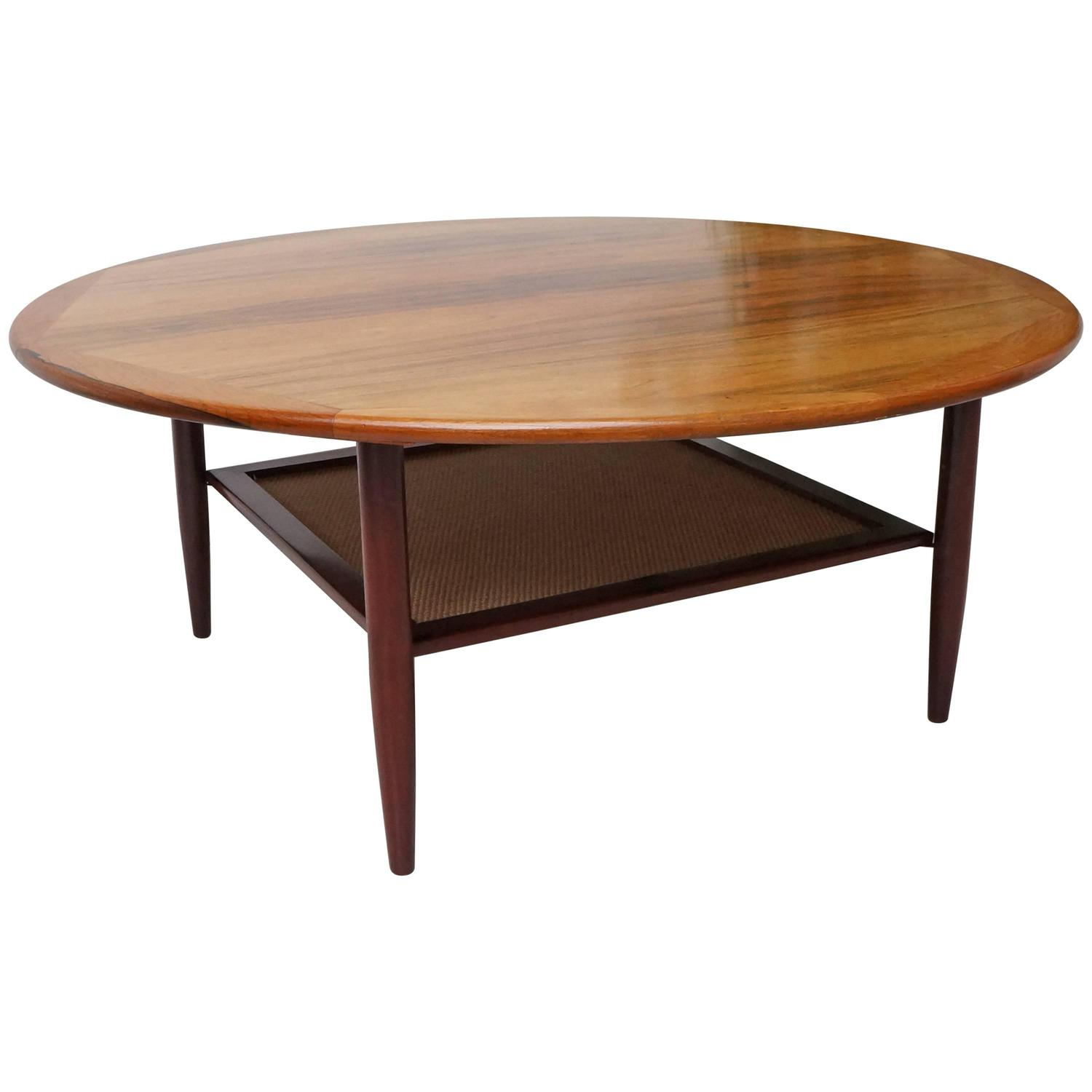 Large round wooden coffee table 1960s at 1stdibs Round coffee tables