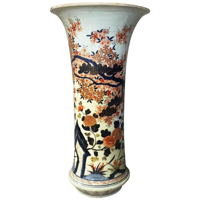 Large 17th Century Japanese Arita Imari Spill Vase