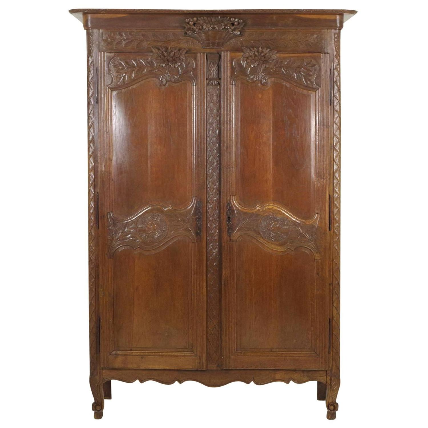 antique french normandy marriage armoire wardrobe 1840 at. Black Bedroom Furniture Sets. Home Design Ideas