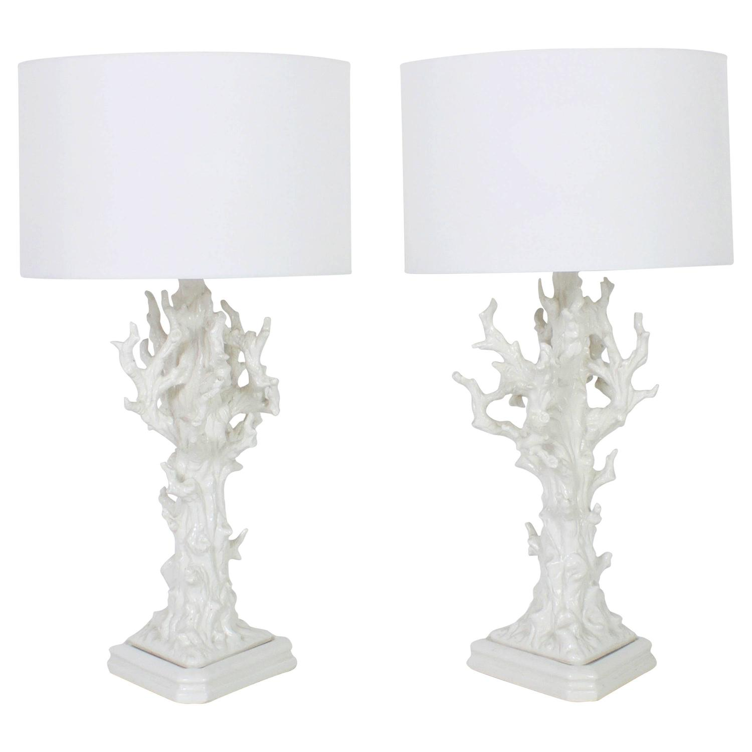 mid century white coral porcelain table lamps for sale at 1stdibs. Black Bedroom Furniture Sets. Home Design Ideas