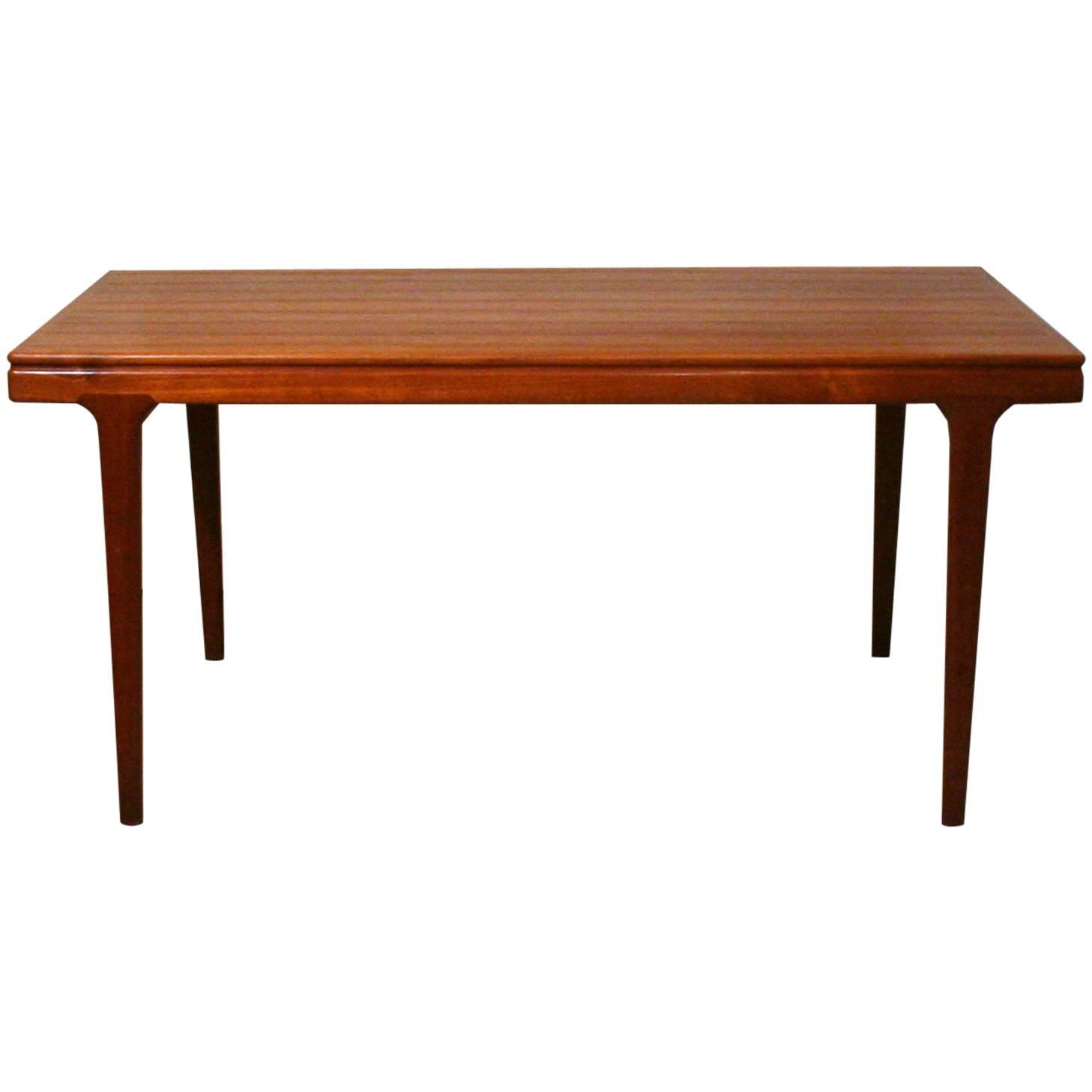 Vintage Danish Teak Dining Table at 1stdibs : 4246833z from www.1stdibs.com size 1457 x 1457 jpeg 46kB