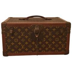 "1950s Louis Vuitton Carrying Case / Trunk ""LV"""