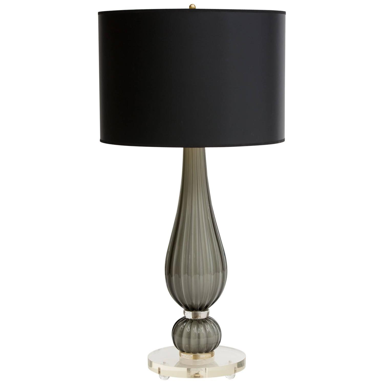 murano glass lucite base table lamp for sale at 1stdibs. Black Bedroom Furniture Sets. Home Design Ideas