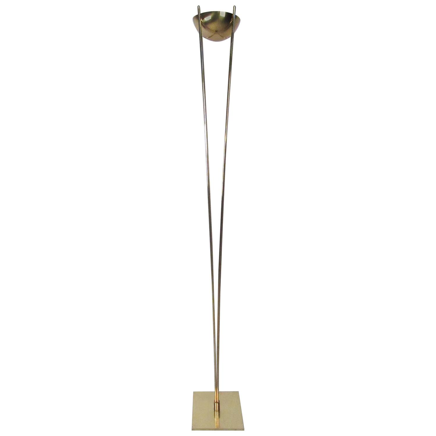 Mid century modern brass torchiere lamp for sale at 1stdibs for Torchiere floor lamp 500w