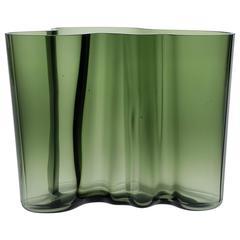 Iconic Vase by Alvar Aalto Model Savoy