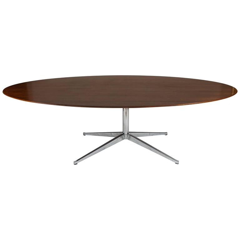 Florence Knoll Oval Rosewood Dining Table, Desk, Conference Table 8 Foot  For Sale