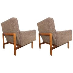 Early Pair of Florence Knoll Lounge Chairs